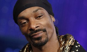 Rapper-Snoop-Dogg-001